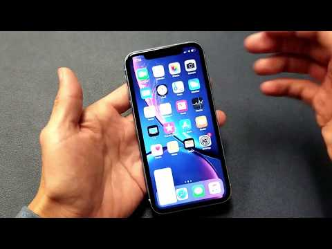 How to Take a Screenshot on iPhone XR (2 Ways)