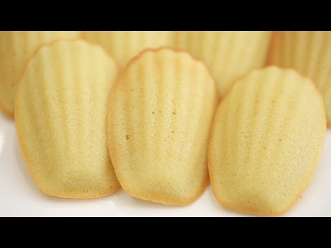 HOMEMADE MADELEINES RECIPE (FRENCH BUTTER CAKES)