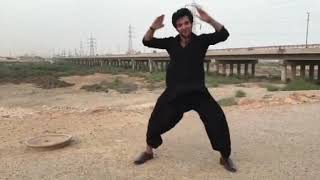 #inayatKhan going to be our 1st Pakistan's Dancing Hero?? Check out his moves #hrithikroshan