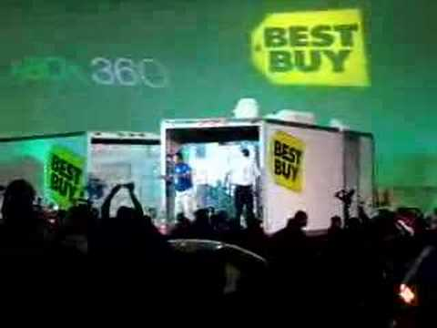 XBOX 360 Zero Hour - Best Buy Checkout Waiting Line