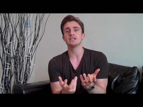 How To Tell If A Guy Likes You Instantly - Proven To Work (Matthew Hussey, Get The Guy)