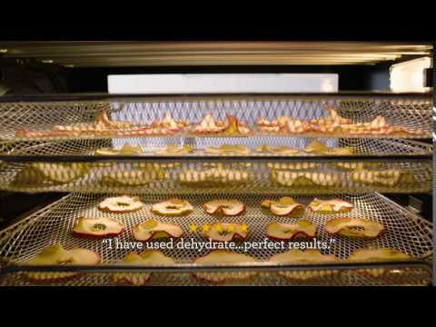 Breville Smart Oven® Air with Dehydrate setting and Super Convection