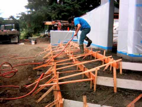 How to form and pour concrete steps and flatwork