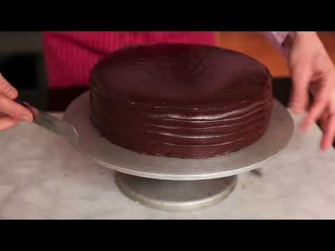How to Pour Chocolate Ganache