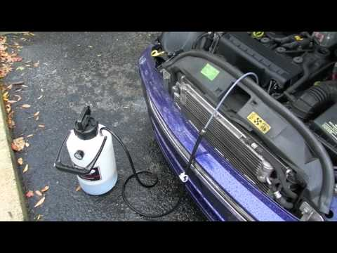 MINI COOPER OIL CHANGE 2006 WITH PUMP THROUGH TOP