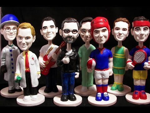 HOW TO MAKE A BOBBLE HEAD TUTORIAL