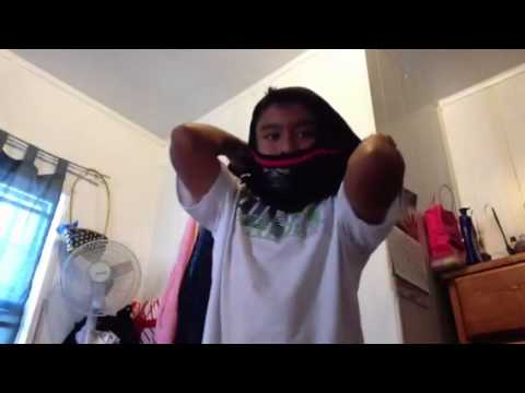 How to make a ninja mask with a t-shirt