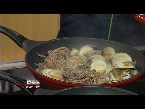 how to make clams in fennel broth with soba noodles