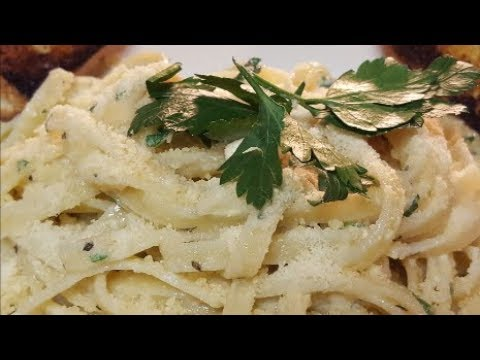 FETTUCCINE WITH HOMEMADE ALFREDO SAUCE