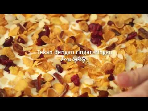 Kellogg's Corn Flakes Date and Almond Florentine Bars Recipe (SG)