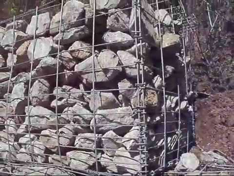BUILDING THE WALL  (   gabion baskets 2016 )
