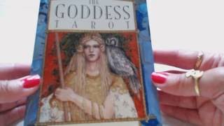 Traceyhd S Review Of The Goddess Tarot