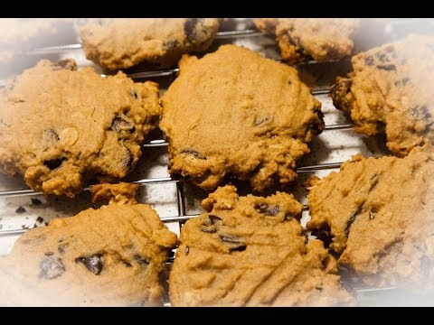 Oatmeal Cookies with Peanut Butter & Chocolate Chips