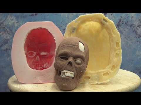 Brush On Mold Of A Monster Clay Sculpt With Gel-25 And BR-75D