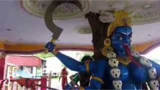 Hindu Goddess Lord Kali's Eyes Moving - Miracle Video Must Watch