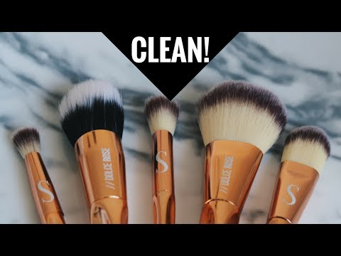 How to PROPERLY DEEP CLEAN Your Makeup Brushes At Home |South African Beauty Blogger Laurina Machite