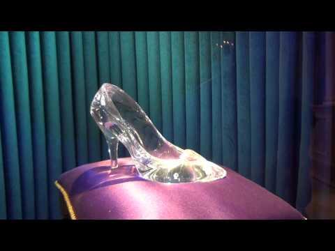 Gorgeous! Cinderella's glass slipper (Tokyo Disneyland)