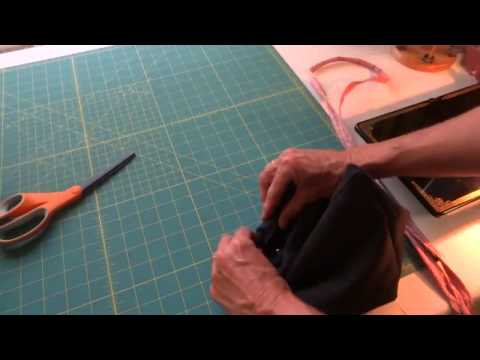 How to make a drawstring bag using an old pair of pants