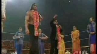 batista interrupt the great khali indian celebration