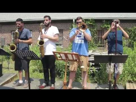 Sun Lab Session: Woodpecker by We Used to Cut the Grass