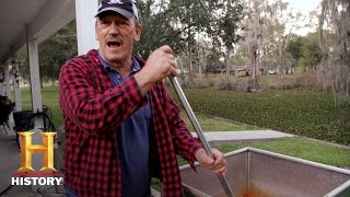 Swamp People: A Crawfish Boil with the Edgars and Landrys | History