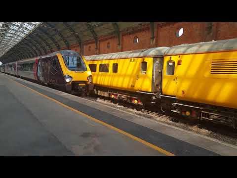 Cross Country service departing Darlington