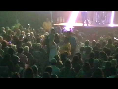 Drunk chick gets kicked out of Air Supply concert