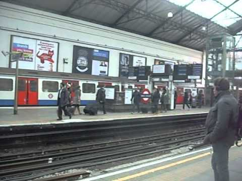 London Underground - C Stock (now history) - Earl's Court