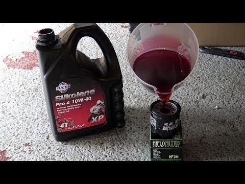Triumph Bonneville T120, Oil change MYTH Busted? Triumph oil Filter fail!