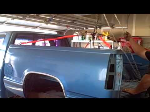 How To Remove a Chevy Truck Bed