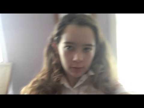 Halloween costume: zombie school girl