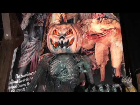CHR600  JackOLantern Scarecrow