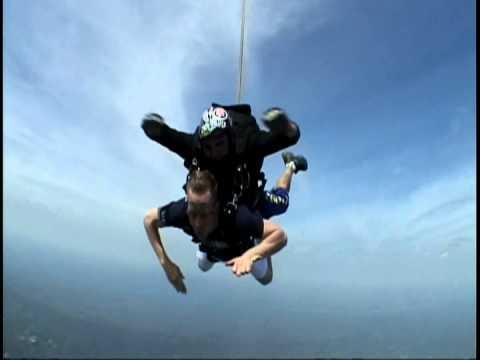 Pete Skydiving