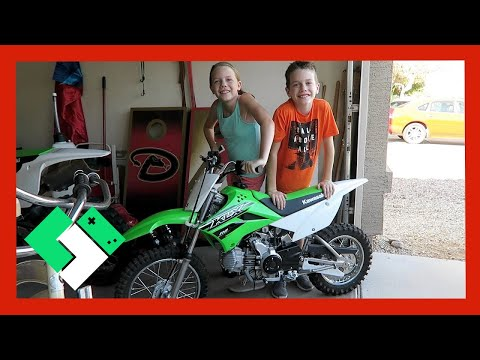 NEW DIRT BIKE FOR THE KIDS (Day 1571) | Clintus.tv