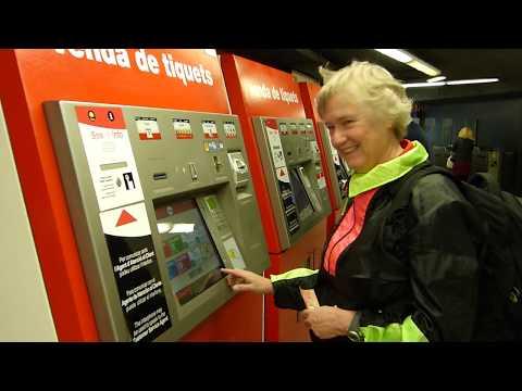 Buying Barcelona Metro Tickets - May 2017