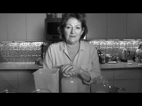 How to Make Fermented Lemonade