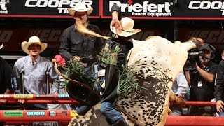 Top Bull: Air Time Tosses J.b. Mauney To Earn 45.50 Points (pbr)