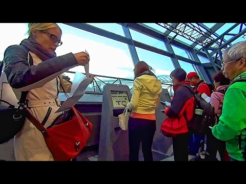 冰島凱夫拉維克機場自助Check-In Keflavik Airport (Iceland)