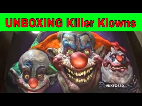 UNBOXING KILLER KLOWN FROM OUTER SPACE POSTER