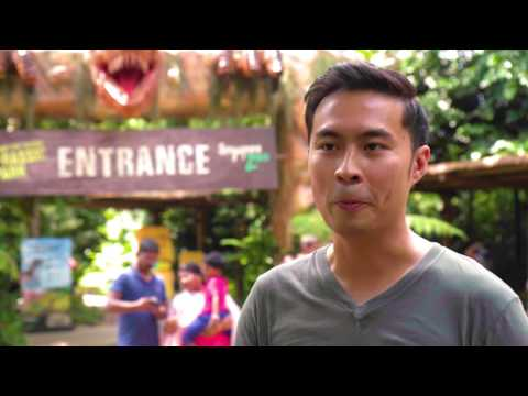 Augmented Reality Dinosaurs at Singapore Zoo with Blippar