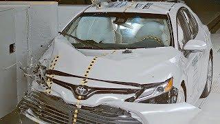 2018 Toyota Camry IIHS Crash Test