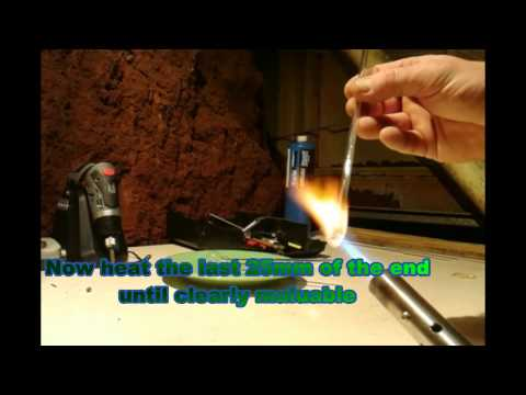 Blow a glass bubble in two minutes with a 6mm borosilicate tube