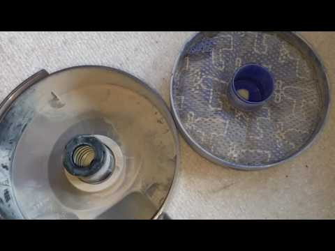How to replace the switch on a Dyson DC33