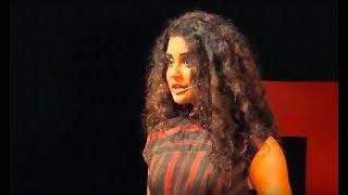 Life in a vanity van | Sara Arfeen Khan | TEDxDSCEWomen