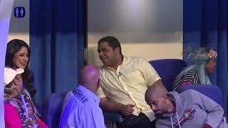 #x202b;مسرحية القلب للبيع في الطائرة - طارق العلي - خالد المظفر - احمد الفرج - خالد العجيرب - فرحان العلي#x202c;lrm;