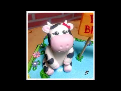 Farm & Cows birthday cake in buttercream & fondant decoration