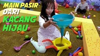 Playground Kacang Hijau   Bermain Pasir dari Biji-Biji Kacang Hijau