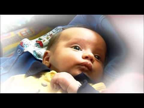 Feeding cues - learning to spot when your baby is hungry