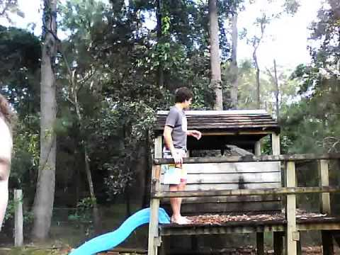 Ivan itchynuts - The Home Brothers Stunt 3 The Cubby House)