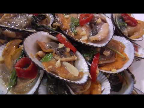 Stir Fry Clam with Tamarind and Holy Basil Recipe